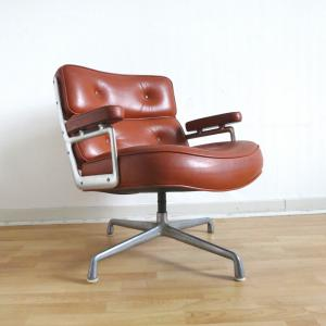 Herman Miller ES105 Lobby Chair Eames Stuhl Interior Aksel Aachen London