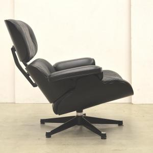 Vitra Eames Lounge Chair Black Edition Interior Aksel Aachen