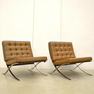 Barcelona Chair by Mies van der Rohe Knoll USA Interior Aksel Aachen Design
