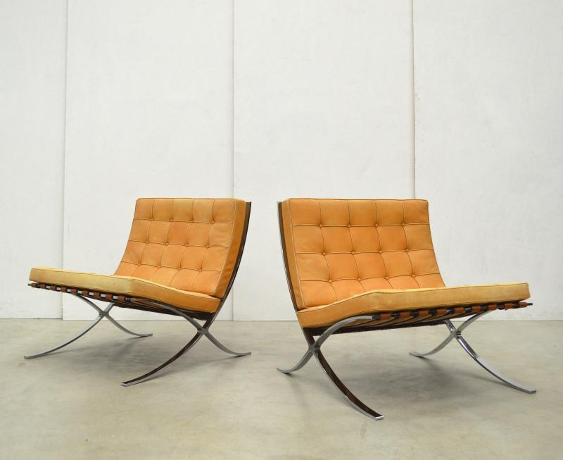 Mies van der Rohe Barcelona Chair Natural Cognac Interior Aksel Paris