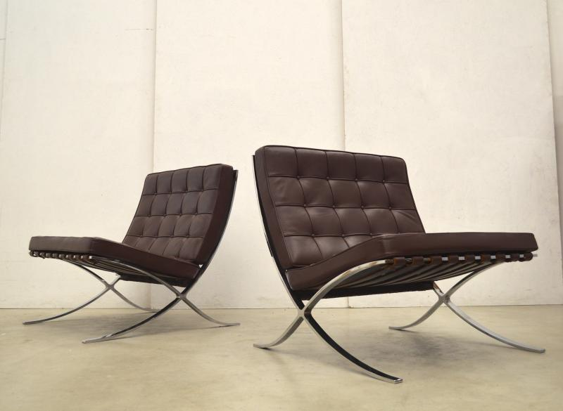 Knoll Barcelona Chair Mies van der Rohe Burgundy Brown Interior Aksel Aachen Design Chairs