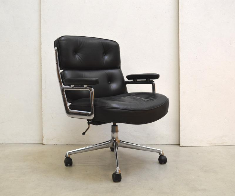 Herman Miller ES104 Lobby Chair Eames Bürostuhl Interior Aksel Aachen Paris London Design Furniture